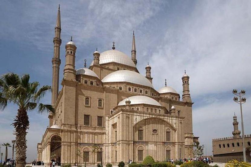 Tagesausflug nach Kairo mit dem Flugzeug ab El Gouna