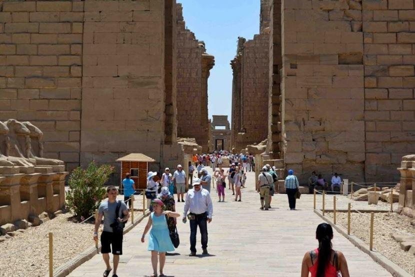 Ausflug von Makadi Bay  nach Luxor mit dem Bus