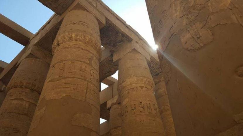 Tagesausflug zum Tal der Könige, Hatschepsut & Memnon-Klosse in Luxor.