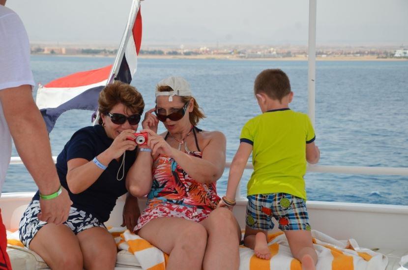 Schnorchelausflug mit dem Boot zur Paradies Insel