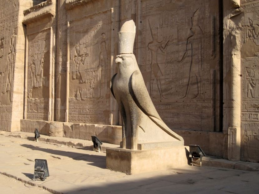Ausflug von Luxor nach Edfu und  Kom Ombo