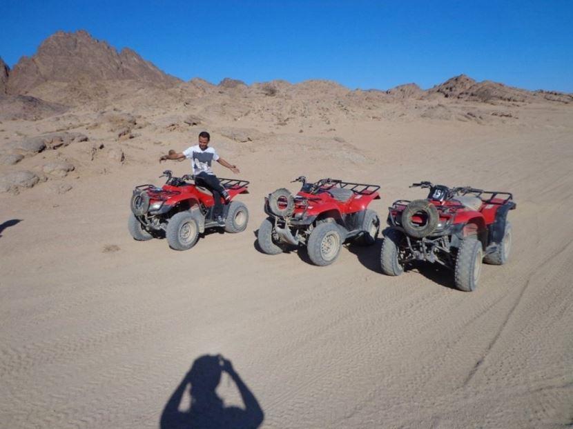 3 -Stündige Quad Fahrt in Hurghada